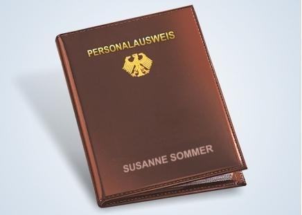 Personalausweis-Hülle mit Ihrem Namen